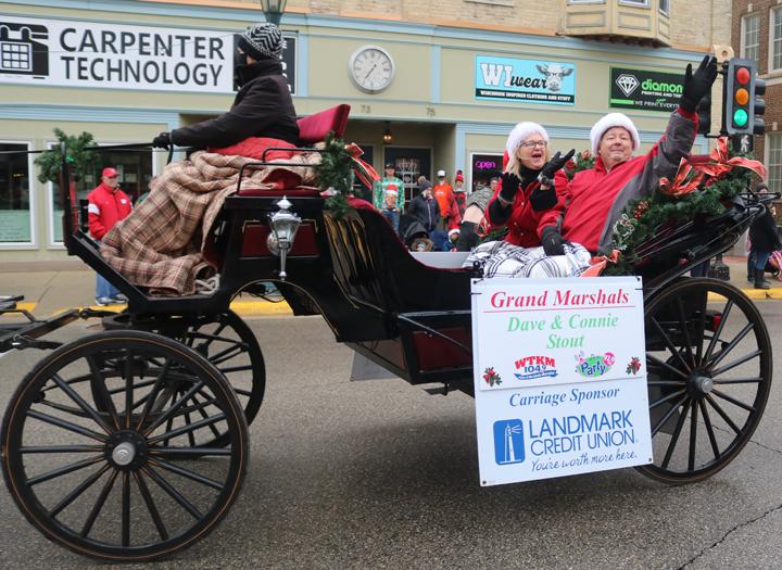 Hartford Wi Christmas Parade 2020 Hartford (WI) Christmas parade photos   Express News, Hometown